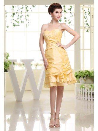 A-line Sweetheart Knee-length Satin Bridesmaid Dress