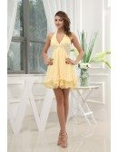 A-line Halter Short Chiffon Homecoming Dress With Beading