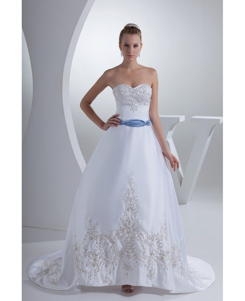 Classic Sweetheart Embroidery White With Blue Color