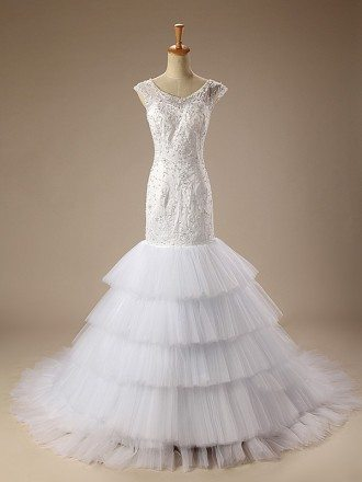 Mermaid Scoop Neck Court Train Tulle Wedding Dress With Ruffles Appliquer Lace