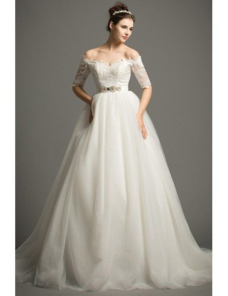 Dreamy Ball-gown Off-the-Shoulder Chapel Train Tulle Wedding Dress With Appliques Lace