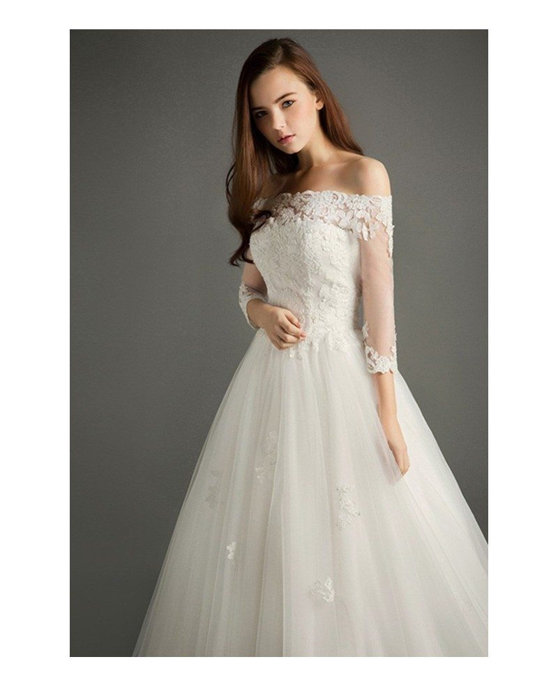 Elegant Ball-gown Off-the-shoulder Court Train Tulle