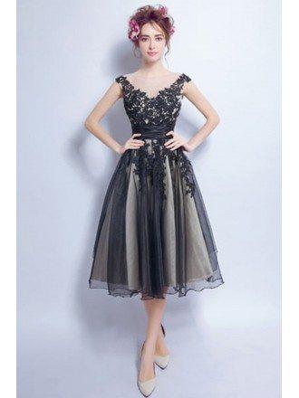 Vintage A-line V-neck Tea-length Tulle Prom Dress With Appliques Lace