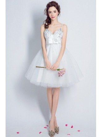 Sexy A-line V-neck Short Tulle Prom Dress With Beading