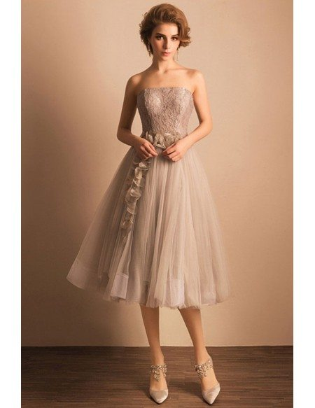 Vintage A-line Strapless Tea-length Tulle Wedding Dress With Lace