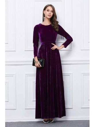 Luxurious Velvet Evening Dress With Long Sleeves