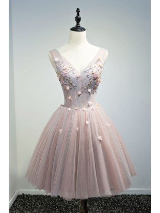 Vintage Ball-gown V-neck Short Tulle Homecoming Dress With Beading