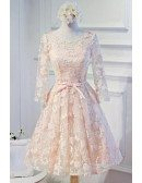 Pink A-line Scoop Neck Knee-length Tulle Homecoming Dress With Appliques Lace