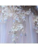 Feminine Ball-gown Off-the-shoulder Floor-length Tulle Wedding Dress With Appliques Lace