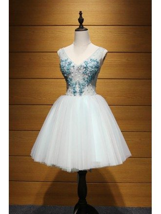 Mint Green Ball-gown V-neck Short Tulle Homecoming Dress With Beading