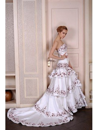 Mermaid Sweetheart Court Train Satin Wedding Dress With Appliquer Lace Trim
