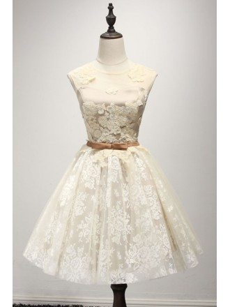Champagne A-line Scoop Neck Short Tulle Homecoming Dress With Lace