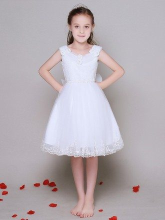 Short A Line Lace Tulle Flower Girl Dress without Sleeves