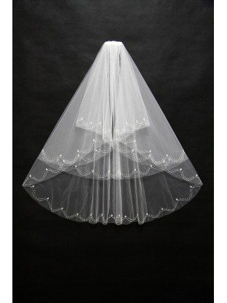 Beautiful Short White Bridal Veil with Wavy Beading