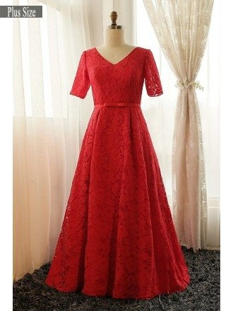 Plus Size Full Red Lace V-neck Long Formal Dress With Short Sleeves
