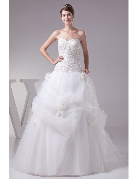 Gorgeous Embroidery Sweetheart Long Ballgown Ruffled Wedding Dress