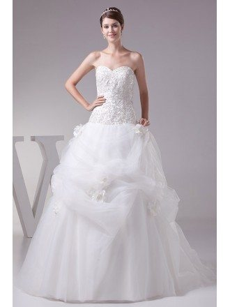Gorgeous Embroidery Sweetheart Long Ballgown Ruffled Wedding Dress
