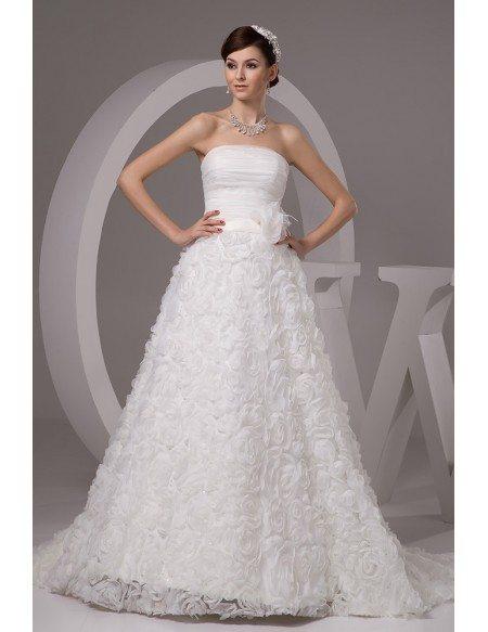 Traditional Embroidered Court Train Taffeta Wedding Dress