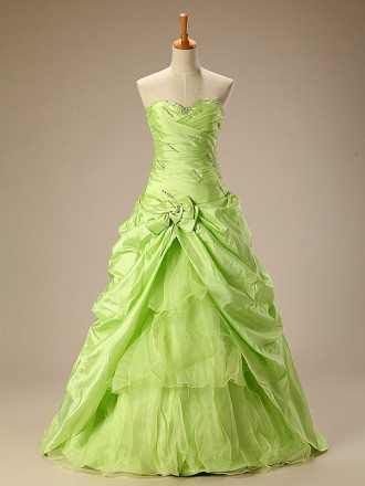 Clover Pleated Sweetheart Long Formal Taffeta Dress