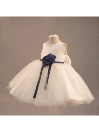 Lovely White Tutu Flower Girl Dress With Flowers Girls Pageant Gown