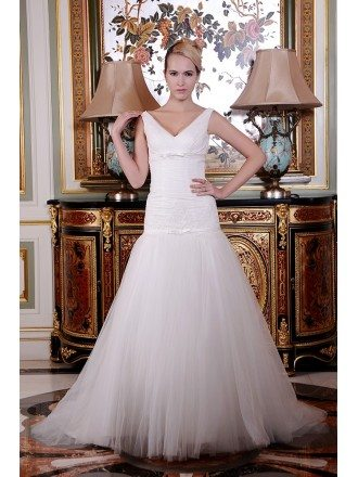 A-Line V-neck Court Train Organza Wedding Dress With Appliquer Lace Pleated Bow