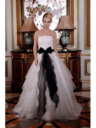 Ball-Gown Strapless Sweep Train Organza Wedding Dress With Appliquer Lace Bow