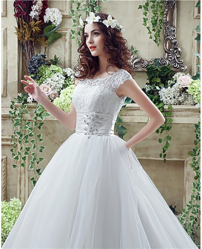 Wedding Gown Tops: Modest Traditional Big Ballroom Wedding Dresses With Lace