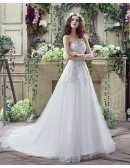 2018 Princess Tulle Lace Bridal Dress With Beaded Sweetheart Neckline