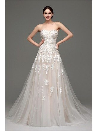 Inexpensive Strapless Lace Wedding Dress With Tulle Train
