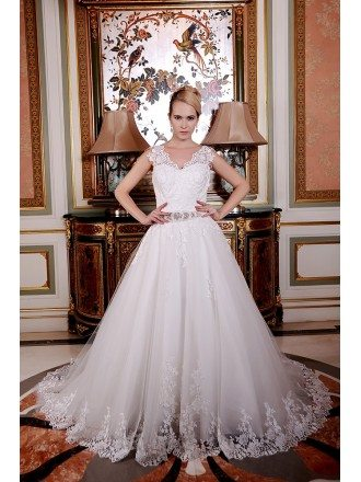 Ball-Gown Sweetheart Sweep Train Tulle Wedding Dress With Beading Appliquer Lace