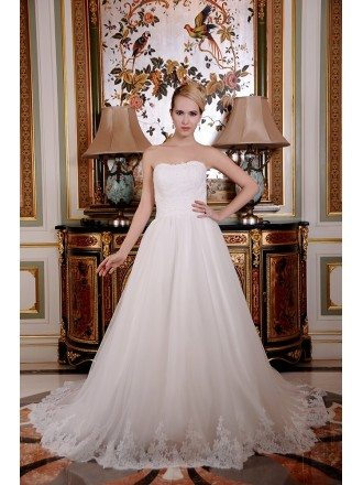 A-Line Strapless Chapel Train Tulle Wedding Dress With Beading Appliques Lace