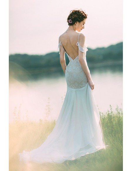 Charming Backless Trumpet Lace Beach Wedding Dress Sexy Style