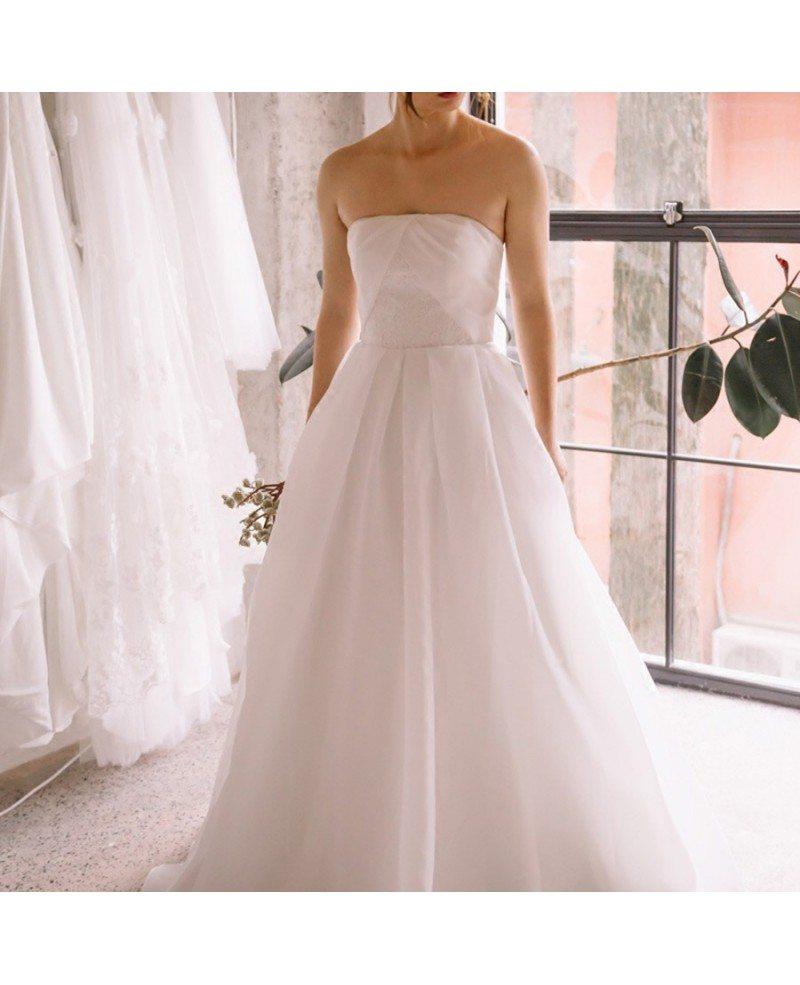 Simple Chic Strapless White Beach Wedding Dress Outdoor ...