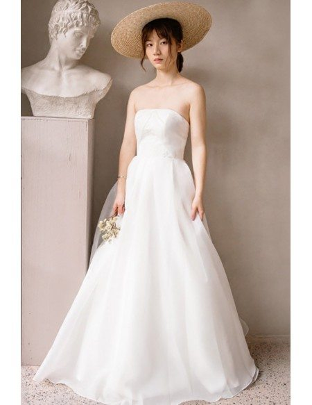 Simple Chic Strapless White Beach Wedding Dress Outdoor Weddings