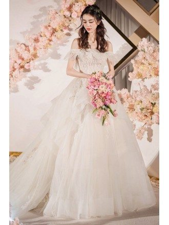 Romantic Puffy Tulle Off Shoulder Tulle Wedding Dress Big Ballgown Style