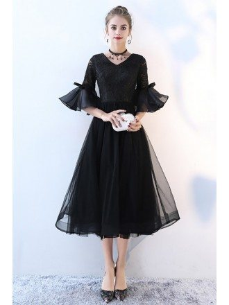 Aline Lace V-neck Tulle Homecoming Dress with Trumpet Sleeves