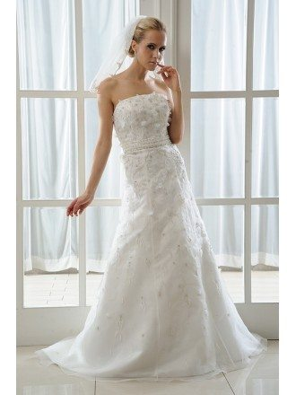 A-Line Strapless Sweep Train Tulle Wedding Dress With Beading Appliques Lace Flowers