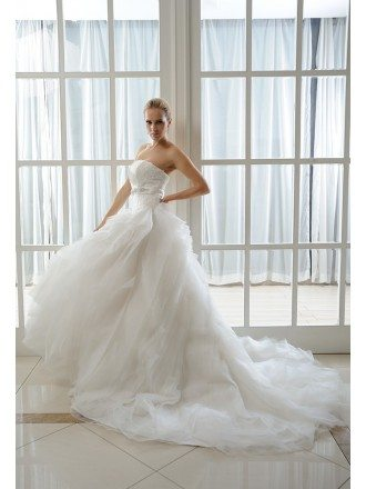 Ball-Gown Strapless Chapel Train Organza Wedding Dress With Beading Appliques Lace Ruffle