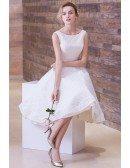 Vintage A-Line Scoop Neck Tea-Length Lace Wedding Dress