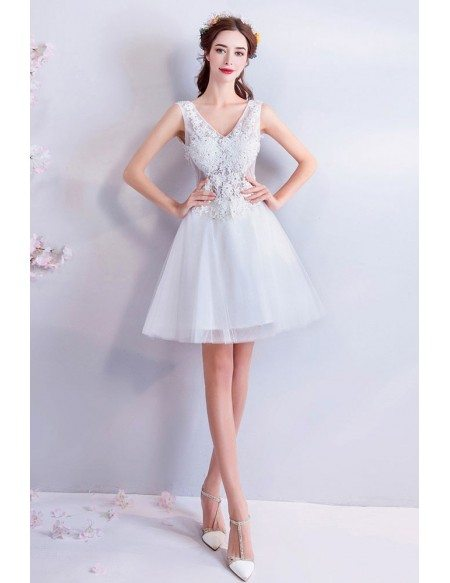 Gorgeous White Lace V-neck Short Bridal Party Dress Sleeveless