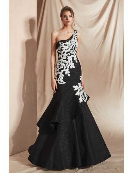 Sexy One Shoulder Black Formal Gown with White Applique 2019