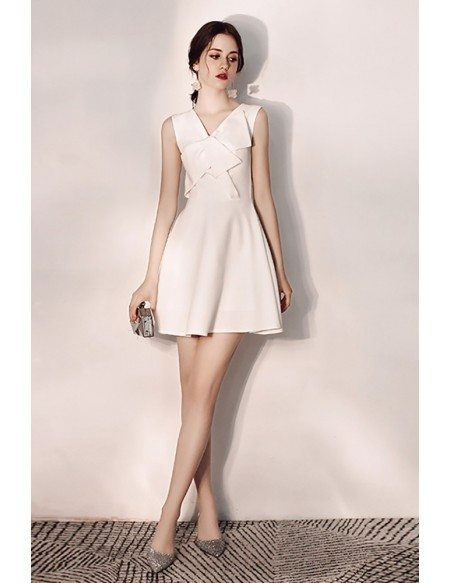 Slim Aline Short White Hoco Dress Vneck With Bow