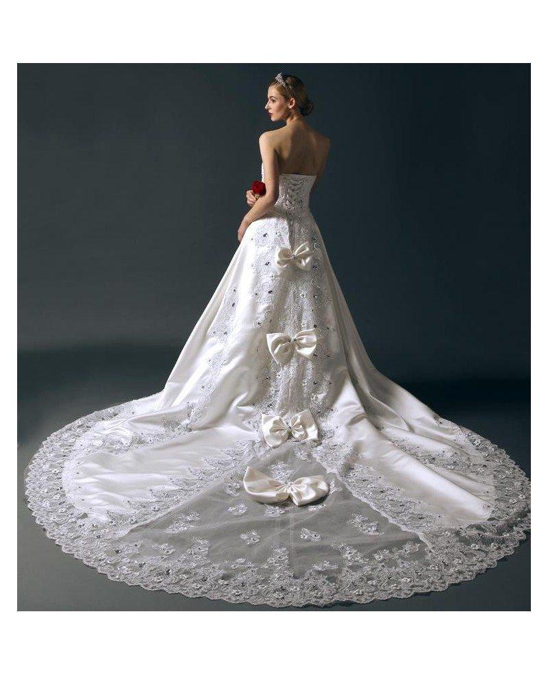 Glamourous Ball-Gown Sweetheart Chapel Train Satin Wedding