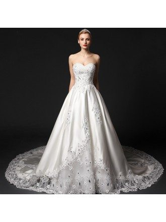 Glamourous Ball-Gown Sweetheart Chapel Train Satin Wedding Dress With Beading Appliques Lace