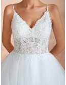 Elegant Princess Lace Tulle Ball Gown Wedding Dress With Spaghetti Straps