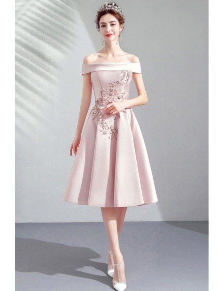 Pretty Pale Pink Satin Off Shouler Knee Length Homecoming Party Dress With Embroidery