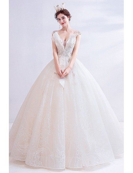 Stunning Ballgown Cream White Lace Ballgown Wedding Dress With Bling Vneck