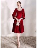 Elegant Scoop Neck Burgundy Short Party Dress With Flare Sleeves