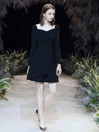Fashion Short Scoop Neck Black Formal Dress With Long Sleeves