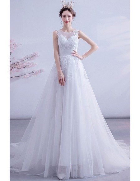 Modest Round Neck Tulle Wedding Dress With Appliques Sleeveless
